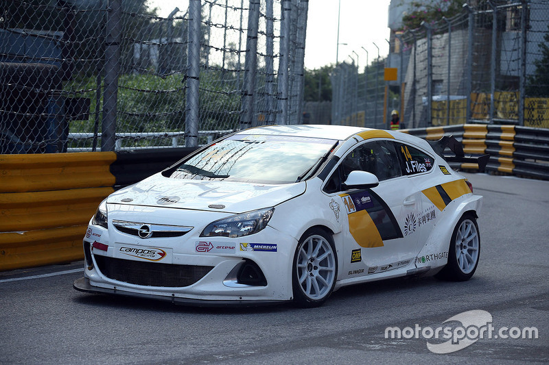 josh files opel astra opc campos racing at macau. Black Bedroom Furniture Sets. Home Design Ideas