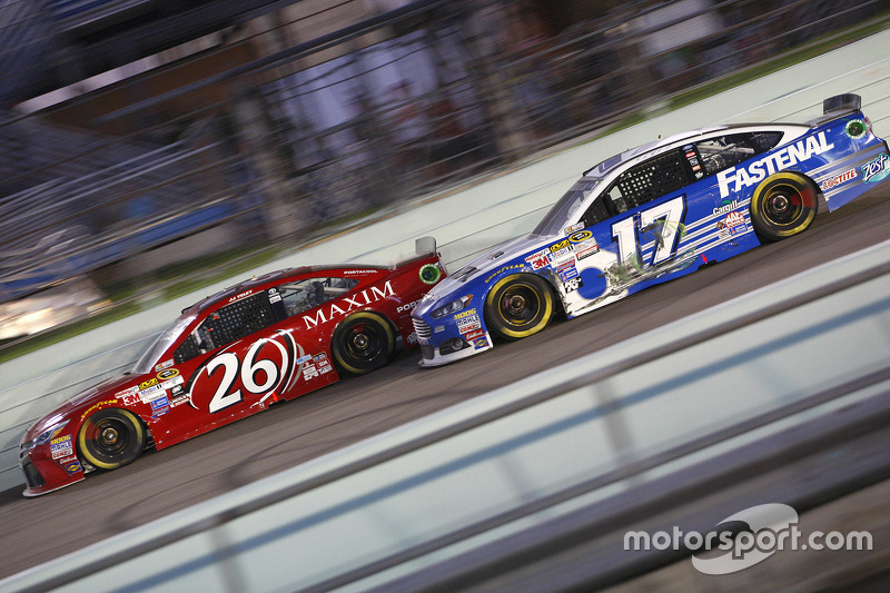 J.J. Yeley, BK Racing Toyota; Ricky Stenhouse Jr., Roush Fenway Racing Ford