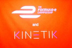 ROBORACE anuncio, con Kinetic y la Fórmula E