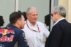 Christian Horner, Red Bull Racing teambaas Dr Helmut Marko, Red Bull Motorsport Consultant en Jerome