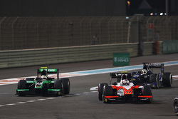 Rene Binder, MP Motorsport devant Oliver Rowland, Status Grand Prix et Nathanael Berthon, Team Lazarus