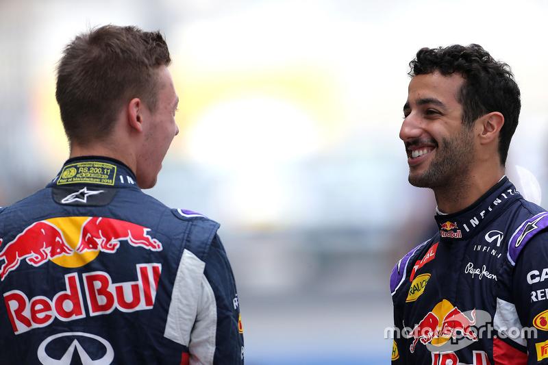 Daniel Ricciardo, Red Bull Racing; Daniil Kvyat, Red Bull Racing