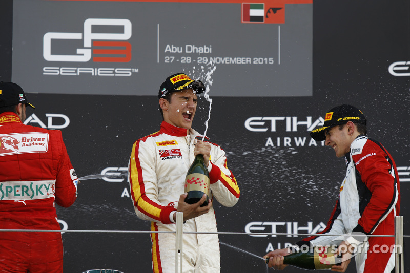 Race 2 Podium: second place Antonio Fuoco, Carlin and winner Alex Palou, Campos Racin and third place 2015 GP3 champion Esteban Ocon, ART Grand Prix