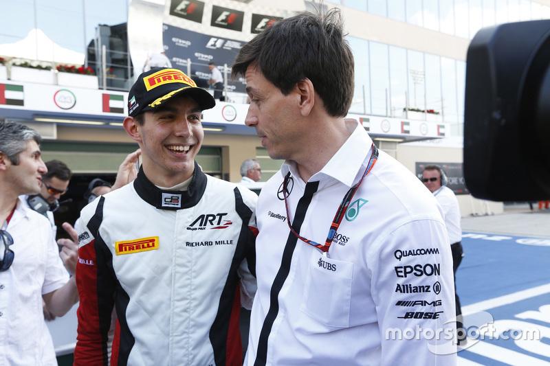 2015 GP3 champion Esteban Ocon, ART Grand Prix with Toto Wolff