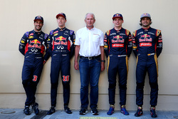 Daniel Ricciardo and Daniil Kvyat, Red Bull Racing y Dr. Helmut Marko and Max Verstappen y Carlos S