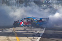 2015 V8 Supercars Champion Mark Winterbottom, Prodrive Racing Australia Ford celebrates with doughnut