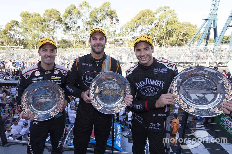 Podium: winner Shane van Gisbergen, Tekno Autosports Holden, second place Jamie Whincup, Triple Eigh