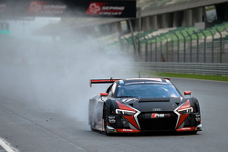 #17 Audi Sport Team WRT, Audi R8 LMS: Stuart Leonard, Stéphane Ortelli, Laurens Vanthoor