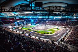 Стадион Mercedes Benz Arena