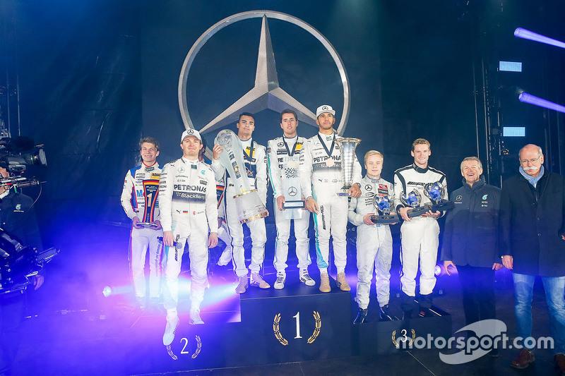 Sebastian Asch, Luca Ludwig, Nico Rosberg, Mercedes AMG F1, Pascal Wehrlein, Daniel Juncadella, Lewis Hamilton, Mercedes AMG F1,  Felix Rosenquist, Mick Schumacher, Prof. Dr. Thomas Weber, Dr. Dieter Zetsche