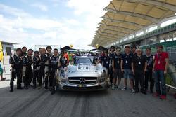 #35 Takımı AAI Mercedes SLS AMG GT3: Han-Chen Chen, Nobuteru Taniguchi, Hiroki Yoshimoto, Tatsuya Tanigawa