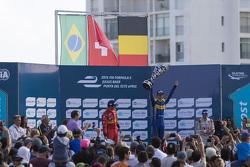 Podio: ganador de la carrera Sébastien Buemi, Renault e.Dams, segundo lugar Lucas di Grassi, ABT Schaeffler Audi Sport, el tercer lugar Jérôme d'Ambrosio, Dragon Racing