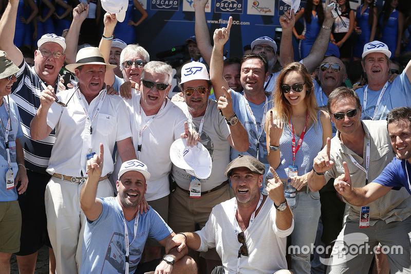 Fans of Jose Maria Lopez, Citroën World Touring Car team