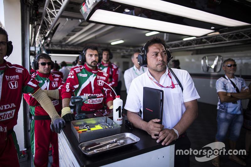 Honda Racing Team JAS garage