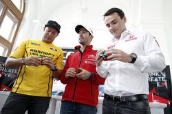 Хосе Марія Лопес, Citroën C-Elysee WTCC, Citroën World Touring Car team, Роб Хафф, Lada Vesta WTCC, Lada Sport Rosneft, Норберт Міцеліс, Honda Civic WTCC, Zengo Motorsport