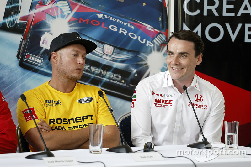 Press conference: Norbert Michelisz, Honda Civic WTCC, Zengo Motorsport and Rob Huff, Lada Vesta WTC