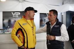 François Ribeiro, Eurosport Events Motorsport Director and Rob Huff, Lada Vesta WTCC, Lada Sport Rosneft