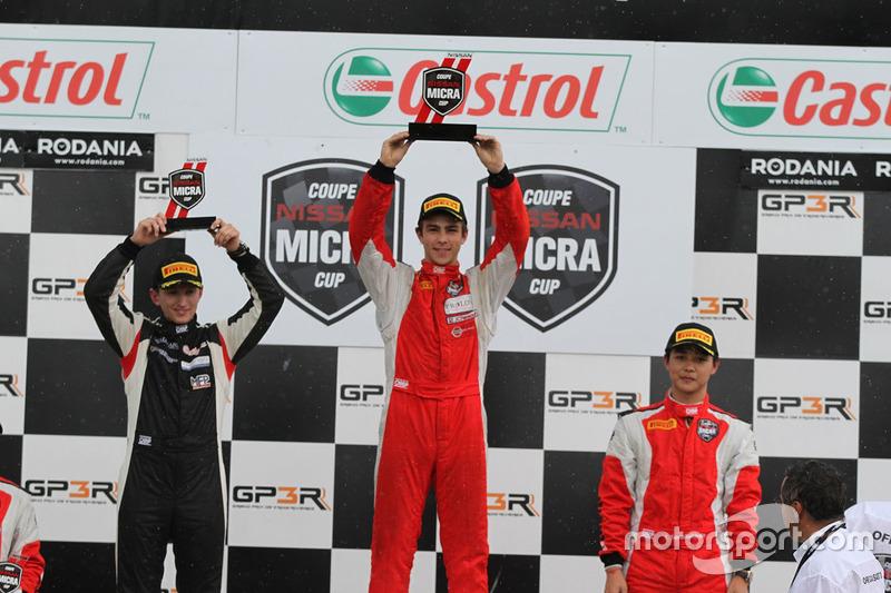 Podium: race winner Olivier Bédard, second place Stefan Rzadzinski, third place Thanaroj Thanasitnitikate