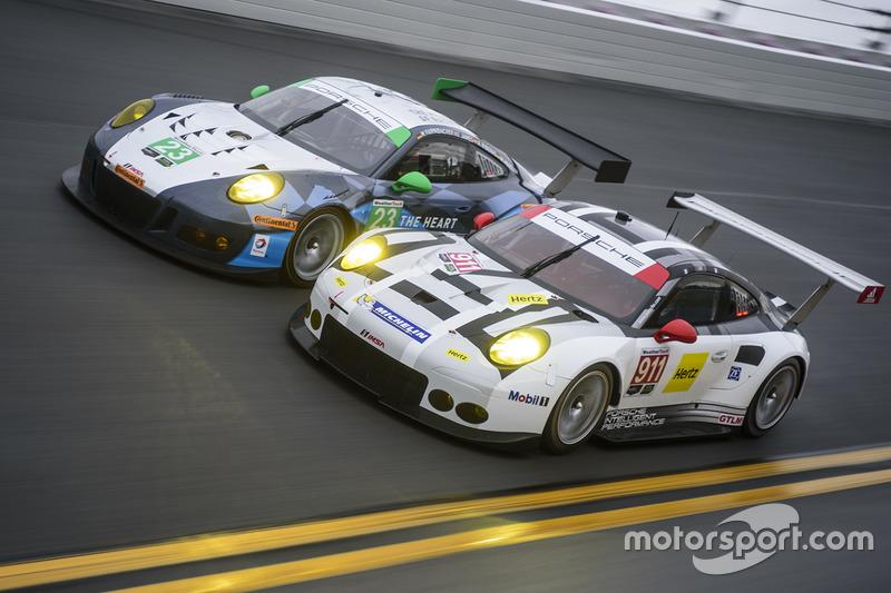 #7: Porsche in Daytona