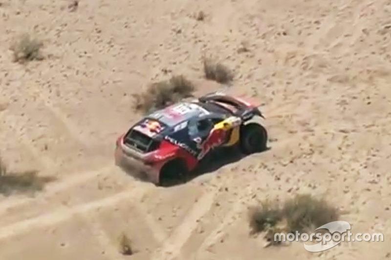 #314 Peugeot: Sébastien Loeb, Daniel Elena atorados en la etapa de las Dunas.