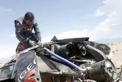 #314 Peugeot: Sèbastien Loeb, Daniel Elena nach dem Unfall