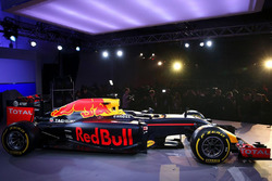 Red Bull Racing RB12, la livrea