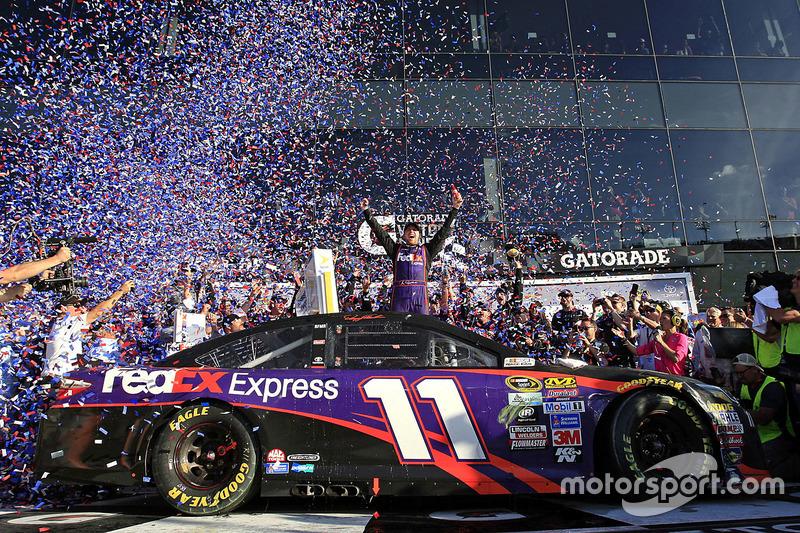 5. Ganador de la carrera: Denny Hamlin, Joe Gibbs Racing Toyota