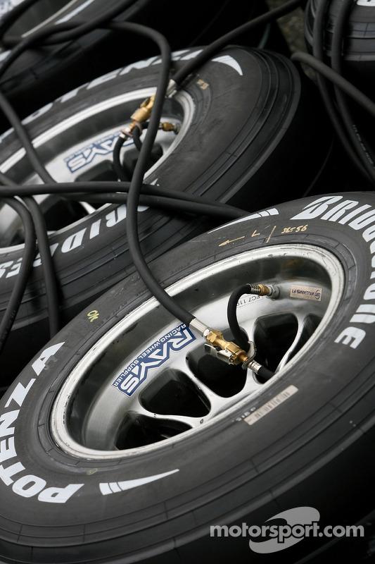 Pneus Bridgestone