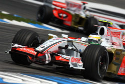 Giancarlo Fisichella, Force India F1 Team, VJM-01 leads Adrian Sutil, Force India F1 Team, VJM-01