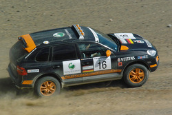 #16 Team Germany 2 Porsche Cayenne S Transsyberia: Carles Celma and Wolf-Hendrik Unger