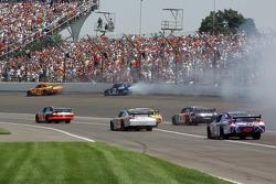 Kevin Harvick and Kurt Busch crash in corner 2