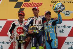 Podio: carrera ganador Valentino Rossi, segundo lugar  Toni Elías y el tercer lugar Loris Capirossi