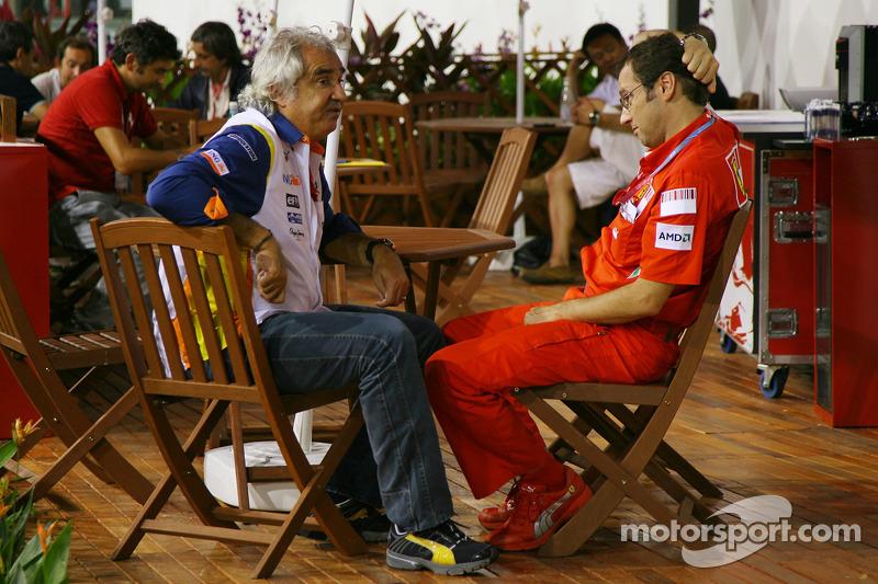 Flavio Briatore, Renault F1 Team, Teamchef; Stefano Domenicali, Scuderia Ferrari, Sportdirektor