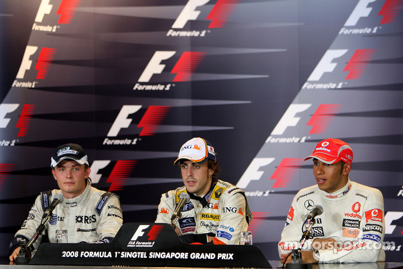 Post-race press conference: race winner Fernando Alonso, second place Nico Rosberg, third place Lewi