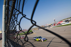 Jimmie Johnson leads Carl Edwards with one lap to go