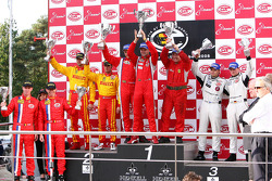 GT2 podium: Toni Vilander and Gianmaria Bruni, second place Matteo Malucelli and Paolo Ruberti, third place Marc Lieb and Markus Palttala