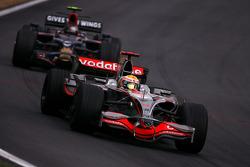 Льюис Хэмилтон, McLaren Mercedes, Себастьян Феттель, Scuderia Toro Rosso