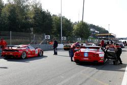 #37 ACA Argentina Ferrari 550 Maranello; #57 Kessel Racing Ferrari F430
