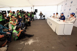 Press conference: World Final winner Alexander Rossi, second place Michael Christensen, third place Esteban Gutierrez with Dr. Mario Theissen