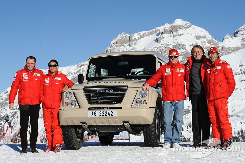 Stefano Domenicali, Felipe Massa, Kimi Raikkonen, Luca di Montezemolo y Luca Badoer