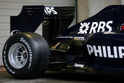 The new Williams FW 31 rear wing detail