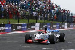 Sunday feature race