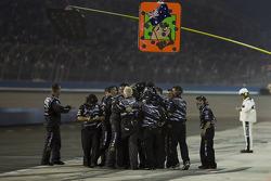 Roush Fenway Racing Ford crew members celebrate the win of Matt Kenseth