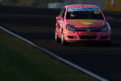 #67 Nemo Racing Pty Ltd, Holden Astra CDTi: T.Douglas, B.Holdsworth, G.Holdsworth, L.Holdsworth