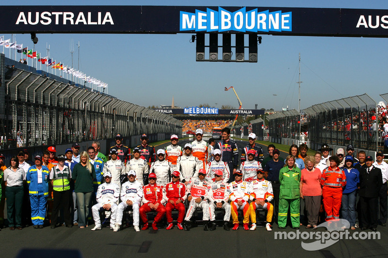 Gruppenfoto: Fahrer der Formel-1-Saison 2009