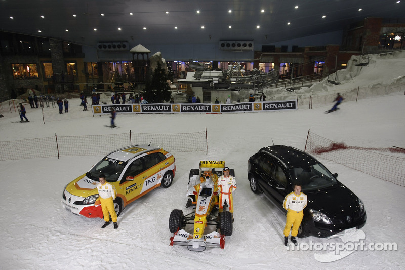 Nelson A. Piquet drives the Renault F1 R28 in the snow at Ski Dubai