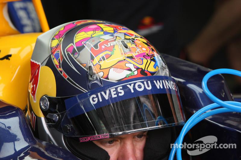 14. 2009: Гран Прі Бахрейну, Іспанії (П1, П2), Бразилії (П3)