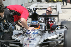 Davey Hamilton, Dreyer & Reinbold Racing, Kingdom Racing receives instructions from Brian Barnhart, Competition Director of the Indy Racing League