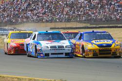 Reed Sorenson, Richard Petty Motorsports Dodge, Patrick Carpentier, Michael Waltrip Racing Toyota