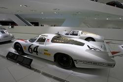 1969 Porsche 908 LH Coupe_